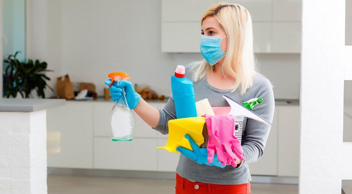 Quels produits désinfectants pour nettoyer les surfaces?